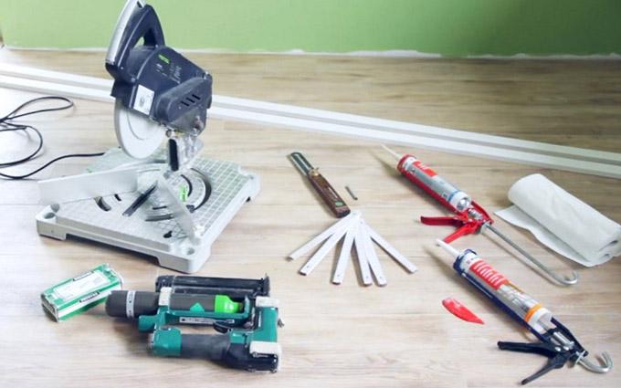 Инструменты для плинтуса - резки и установки под углом