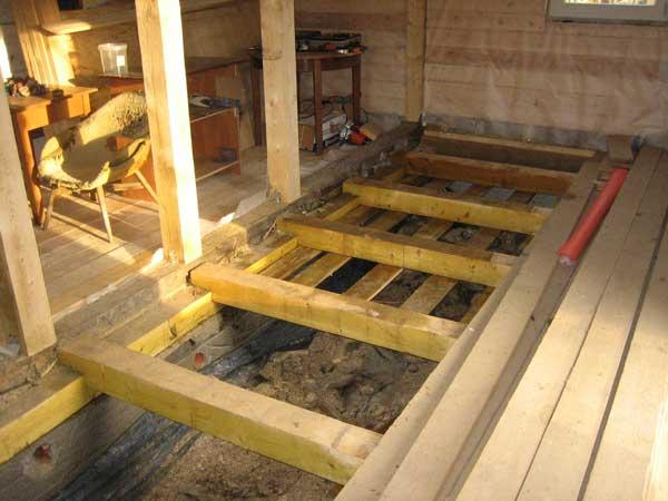 Укладка деревянных досок