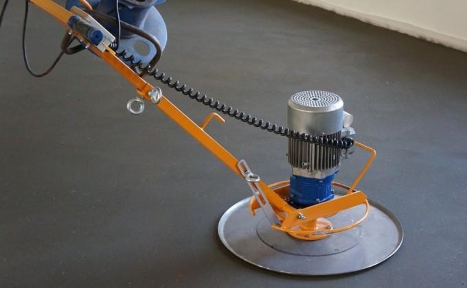 У механизированной стяжки множество преимуществ