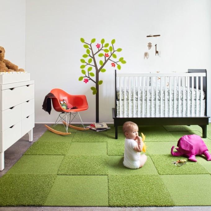 Ковролин для детской комнаты должен быть мягким, чтобы ребенку было комфортно играть или сидеть на нем