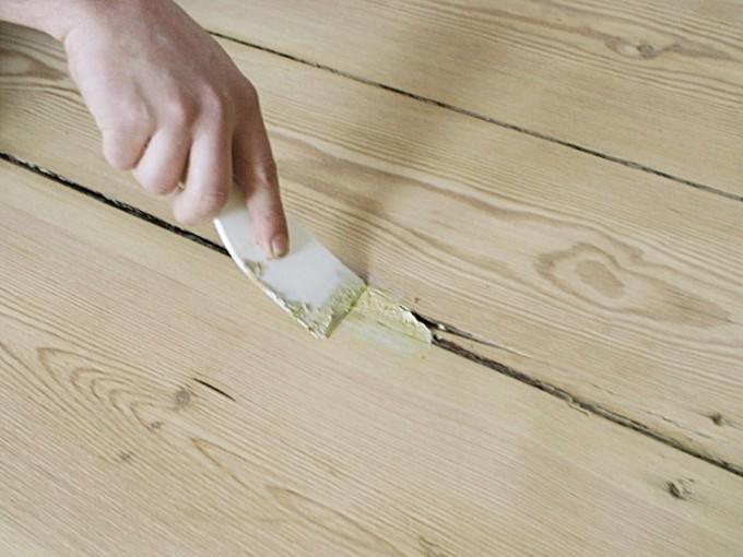Цементный раствор поможет устранить скрип