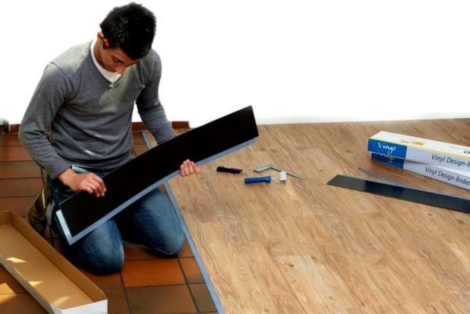 Перед укладкой винилового покрытия необходимо подготовить поверхность
